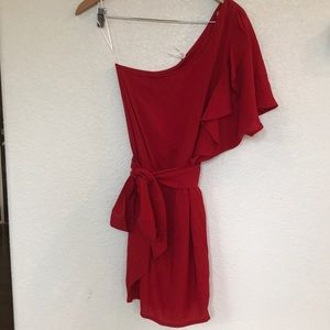 Dresses & Skirts - Sexy red ruffle one shoulder dress with waist tie